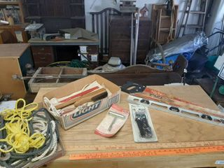 Assorted Tools   Rope  Saw and level