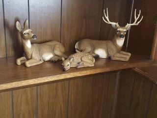 deer figurines
