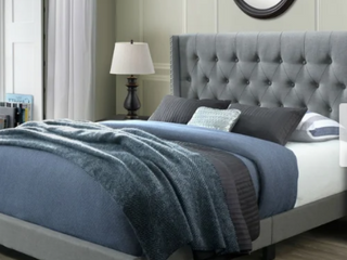 Bardy Queen Tufted Bed Retail 322 49
