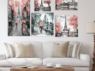 Designart   Paris london Collection  pink    Traditional Wall Art set of 5 pieces   Pink  Retail 97 99
