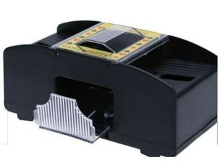 2 CASINO 2 DECK AUTOMATIC CARD SHUFFlER
