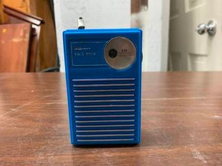 Vintage AM transistor radio