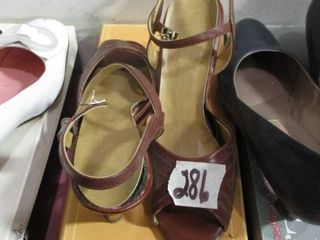 10 M Brown Shoes