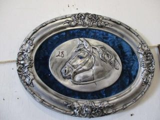 Oval Horse Picture