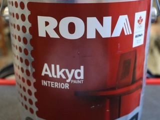 1 GAllON CAN OF RONA AlKYD PAINT RED