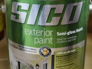 1 GAllON CAN OF SICO EXTERIOR PAINT GREEN