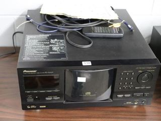 PIONEER PD F1007 CARTRIGE CD PlAYER   HOlDS OVER