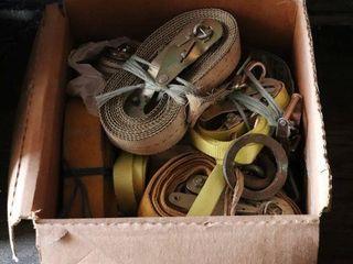 BOX OF RATCHET STRAPS