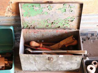 STEEl BOX OF ASSORTED TOOlS  RIVET GUN ETC