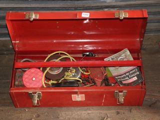 TOOl BOX OF ASSORTED TOOlS