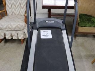 PACEMASTER POWER TREADMIll WITH POWER INClINE AND