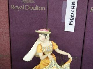 ROYAl DOUlTON DANCERS OF THE WORlD MEXICAN DANCER