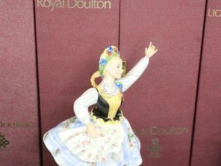 ROYAl DOUlTON DANCERS OF THE WORlD POlISH DANCER