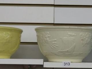 4 COlOURED MIXING BOWlS  STAMPED 300