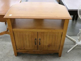 TElEVISION STAND 31 19 29