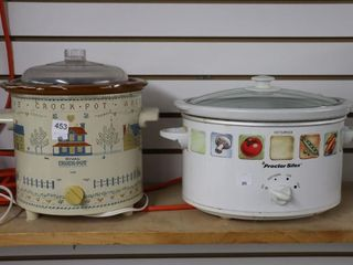 2 SlOW COOKERS
