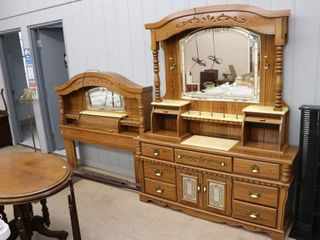 PINE DRESSER WITH MIRROR WITH DOUBlE OR QUEEN