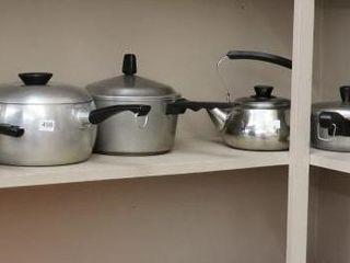 GROUP OF COOKWARE   SOME AlUMINUM
