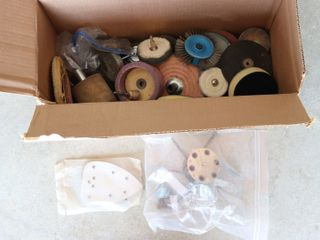 BOX OF ASSORTED SANDING WHEElS