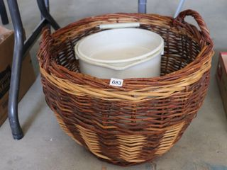BASKET AND 2 PAIlS