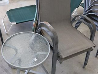2 PATIO CHAIRS AND END TABlE