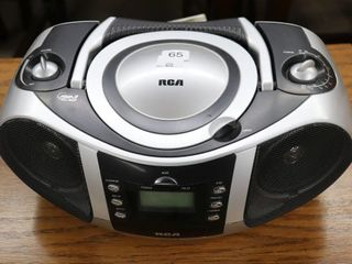 RCA DVD CD PlAYER   NOT TESTED