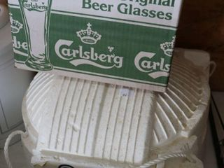 FOSTERS COOlER AND CARlSBERG GlASSES