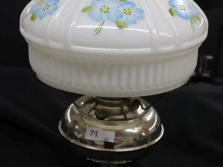 ANTIQUE OIl lAMP WITH SHADE