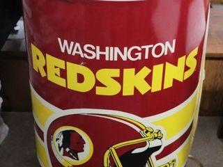 WASHINGTON REDSKINS PlASTIC COOlER   HAS A SMAll