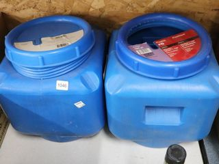 JUG OF  6 AND JUG OF  8 PlASTIC CHAIN