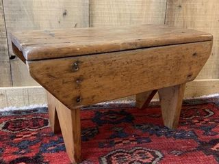 Early Pine Foot Stool