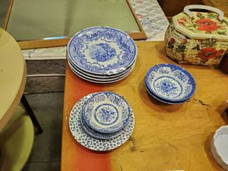 Set  4  Spode Blue Room Plated    2  Wood   Son s Bowls    3  English Ironstone Dishware