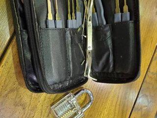 lock Picking Kit W  Clear lock