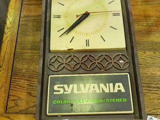 Vintage Sylvania Color TV Stereo Radio Tape lighted Clock