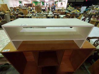 Small White Wooden Shelf  H  11 5  l 31   W  11 5