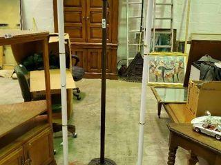 3  Floor lamps