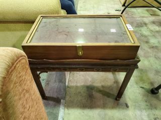 Wooden Display Case  Side Table  Approx  26 x16 x16