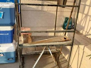 Auctioneer Portable Staircase 33 x38 x61