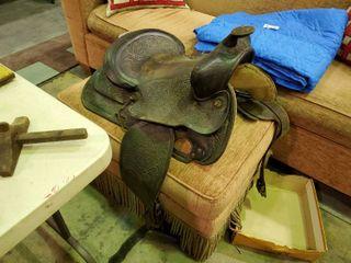Nice looking leather horse saddle