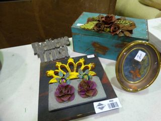 lot of Floral Home Decor