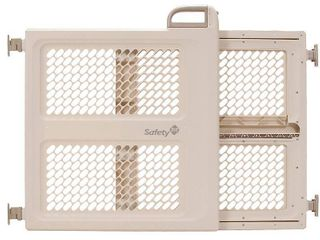 Safety 1st Pressure Mount lift  lock and Swing Gate  Fits Spaces Between 28  and 42  Wide And Bonus Gate