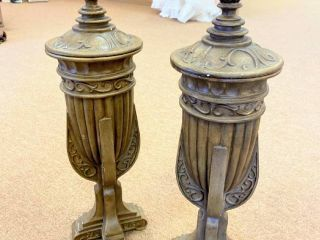 Set of 2 Heavy Urns with lids