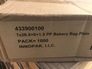 Case of 1000 bakery bags see picture of box for size multi use bags used for anything plastic bags