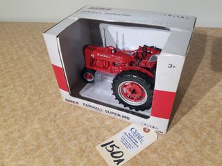 Ertl Farmall Super MD Precision