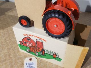 Ertl Case 500 Toy Farmer