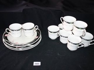 Dinnerware 3 plates  10 teacups  Black Floral