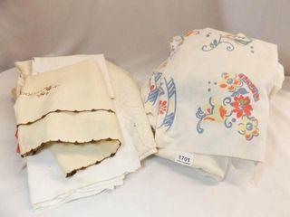 Table cloths 15 qty