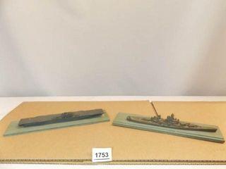 Model Ships  Essex  Iowa on Boards  2