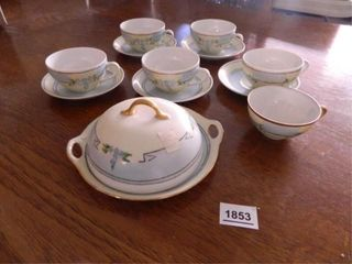 Hand painted China   12  Pieces