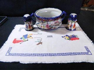 Flow Blue Asian Decor Dish  S   P
